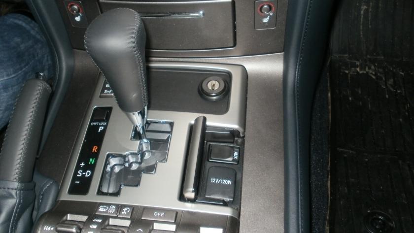 замок кпп на Lexus LX 570